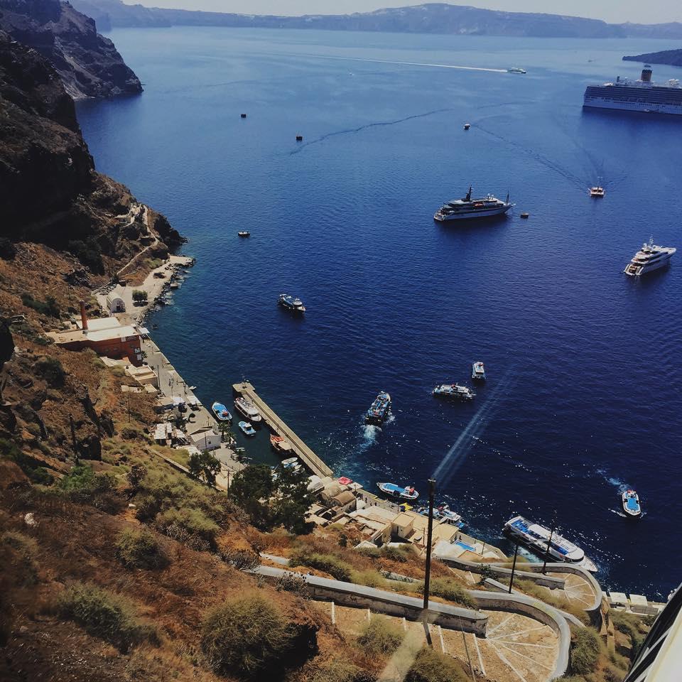 W niebiesko białej krainie, czyli bajeczna Grecja.